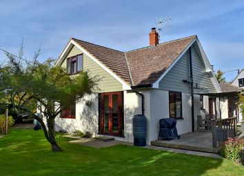 4 bed property for sale in Northover Road, Pennington, Lymington SO41