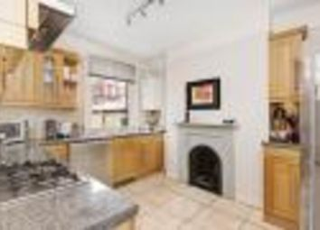 Thumbnail 2 bed flat to rent in Rowena Crescent, London