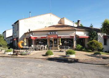 Thumbnail Pub/bar for sale in Maisonnay, Deux-Sèvres, France