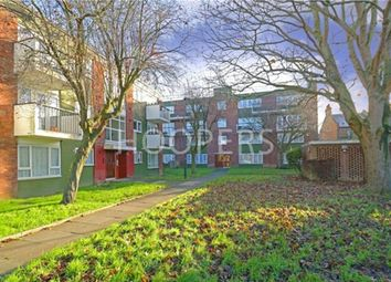Thumbnail 2 bed flat for sale in Aylesbury Street, London