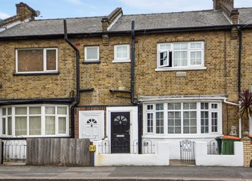 Boxley Street, London E16. 3 bed end terrace house