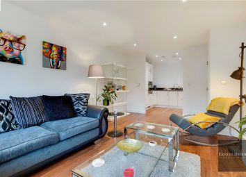 Southmere House, 1 Highland Street, Stratford E15. 1 bed flat for sale