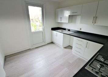 Thumbnail 3 bed flat to rent in Hastings Road, Maidstone