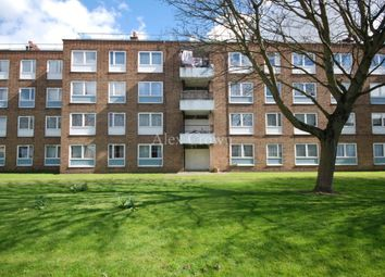 Thumbnail 4 bed flat to rent in Somerford Grove Estate, London