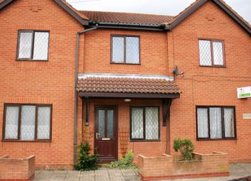Thumbnail 1 bedroom flat to rent in Peacock Court, Sutton Bridge