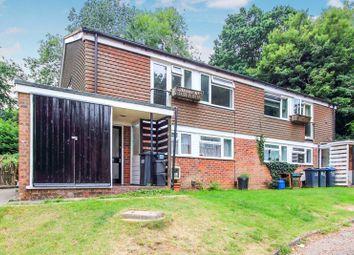 Ashurst Close, Kenley CR8. 2 bed maisonette