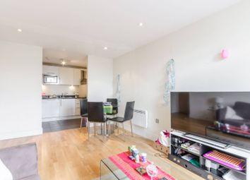 Prestons Road, Canary Wharf, London E14. 2 bed flat