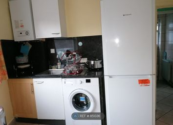 Thumbnail Room to rent in Woodford Road, London