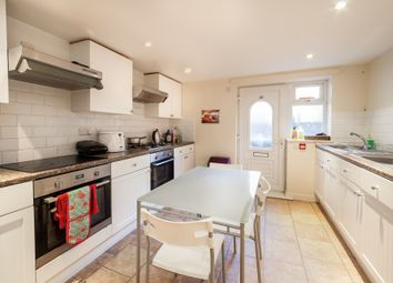 Thumbnail 9 bed terraced house to rent in Winston Gardens, Headingley