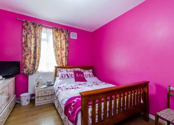 Thumbnail 3 bedroom flat for sale in Kingswood Estate, Sydenham Hill