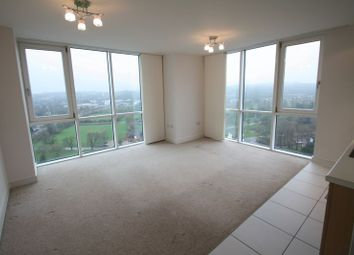 Thumbnail 1 bed flat to rent in Cotterells, Hemel Hempstead