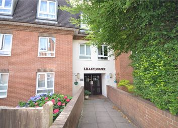 Lilley Court, Heath Hill Road South, Crowthorne RG45. 2 bed flat