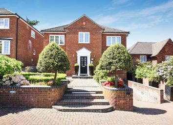Thumbnail 5 bed detached house to rent in Deacons Hill Road, Elstree