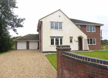 Thumbnail 4 bedroom detached house to rent in Newsham Hall Lane, Woodplumpton, Preston