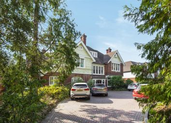 Langley Avenue, Surbiton KT6. 4 bed flat