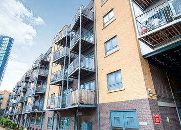 Thumbnail 1 bed flat for sale in Grove Crescent Road, London