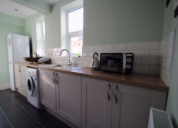 2 bed terraced house to rent in Redcliffe Street, Swindon SN2