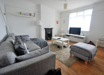 Thumbnail 1 bedroom flat to rent in The Broadway, Potters Bar