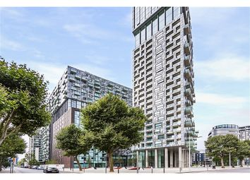 Thumbnail 1 bed flat for sale in Lincoln Plaza Canary Wharf, Canary Wharf E14, Canary Wharf,