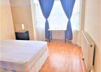 Thumbnail 3 bed flat to rent in Becklow Gardens, Shepherds Bush