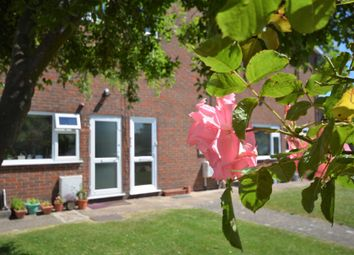 Thumbnail 2 bed flat for sale in New Road, Amersham