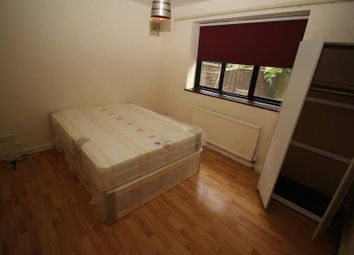 Thumbnail Room to rent in Tolworth Broadway, Tolworth