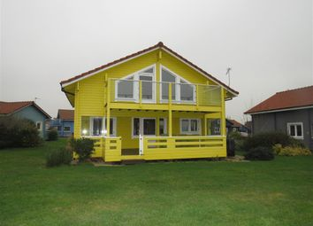 Thumbnail 2 bed lodge for sale in Fairway Lakes, Fritton, Great Yarmouth