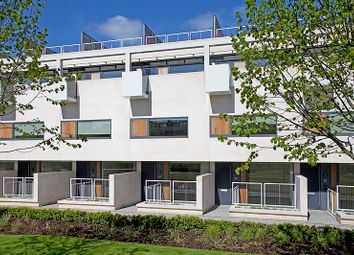 Thumbnail 4 bed town house for sale in Gabriel Square, St Albans