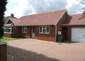 Thumbnail 3 bed bungalow to rent in Scartho Road, Scartho, Grimsby