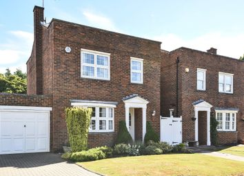 3 bed detached house for sale in Gateway Close, Northwood HA6