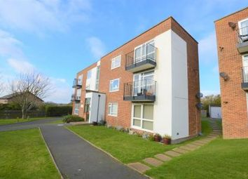 Thumbnail 2 bed flat to rent in West Hill Road, St Leonards On Sea