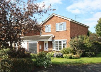 Thumbnail 3 bed detached house for sale in Dove Close, Buckingham