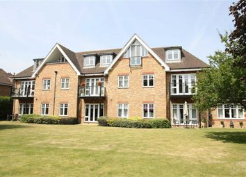 Thumbnail 2 bed flat for sale in Shoppenhangers Road, Maidenhead, Berkshire