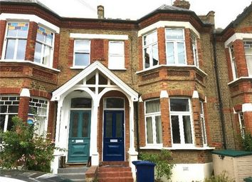 2 bed flat for sale in Park Hall Road, London N2