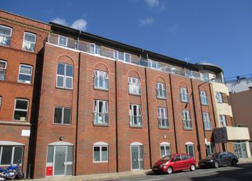 Thumbnail 2 bed flat to rent in Harbours Edge, Hotwell Road, Bristol
