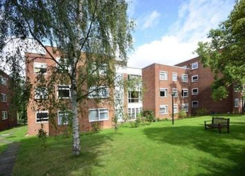 Thumbnail 3 bed flat to rent in Hendon Lane, London