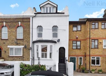 Thumbnail 1 bed flat to rent in Stanley Road, South Woodford, London
