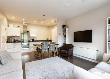 Thumbnail 2 bed flat for sale in Dairy Close, Enfield