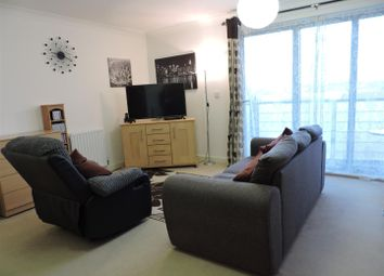 Thumbnail 2 bedroom flat for sale in Cumberland Road, Southsea
