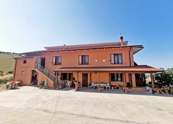 Thumbnail 4 bed detached house for sale in Penne, Pescara, Abruzzo