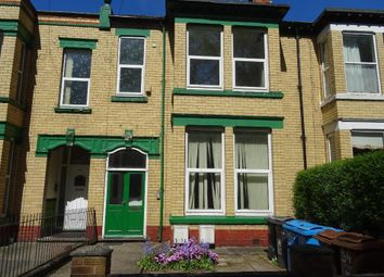 Thumbnail 3 bed flat to rent in Sunnybank, Hull