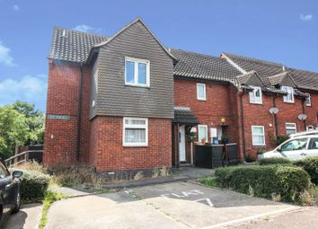 2 bed flat for sale in Merrylands, Laindon, Basildon SS15