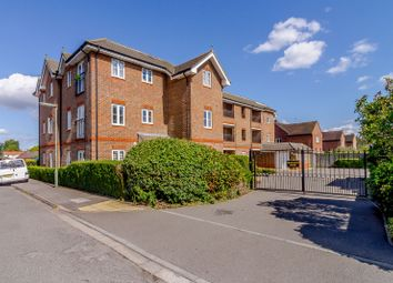 Thumbnail 1 bed flat for sale in Trafalgar Court, Cobham