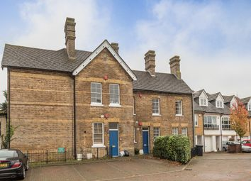 Thumbnail 2 bed flat to rent in Shepherds Farm, Mill End, Rickmansworth