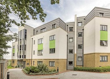 Thumbnail 2 bed flat to rent in Hythe Road, Surbiton