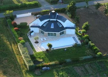 Thumbnail 5 bed detached house for sale in Bretagne, Morbihan, Baden