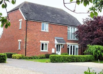 Thumbnail 2 bed flat for sale in Bicester Road, Kidlington