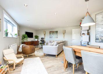 Hughenden Reach, Tovil, Maidstone, Kent ME15. 3 bed flat for sale
