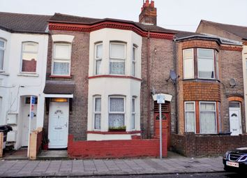 Thumbnail 6 bed terraced house for sale in Crawley Road, Luton