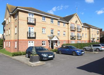 2 bed flat for sale in Ensign Close, Leigh-On-Sea SS9